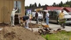 Chiloquin garden club working on the library garden