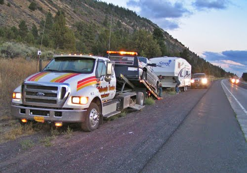 Chiloquin Towing: help for breakdown with 5th wheel
