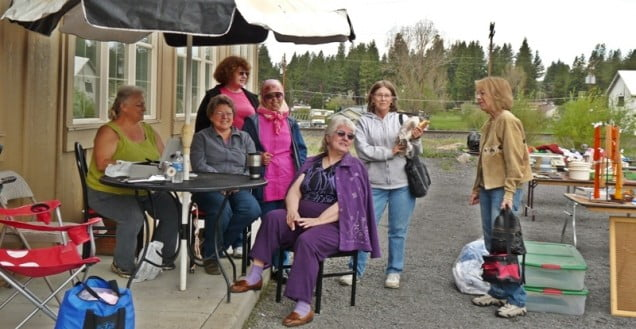 Volunteers at the 2010 Two Rivers Gallery yard sale in Chiloquin